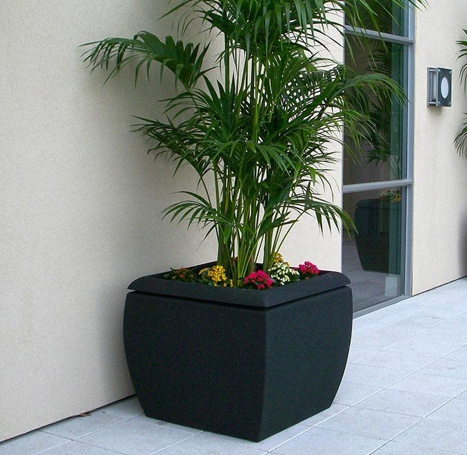 Metro Collection Planters